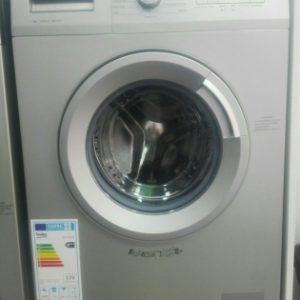 ماشین لباسشویی 7 کیلویی بکو مدل WCC 7612 BW